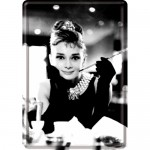 Blechpostkarte - Audrey Hepburn - Holly Golightly