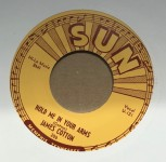 Single - Cotton Crop Blues / Hold Me In Your Arms -